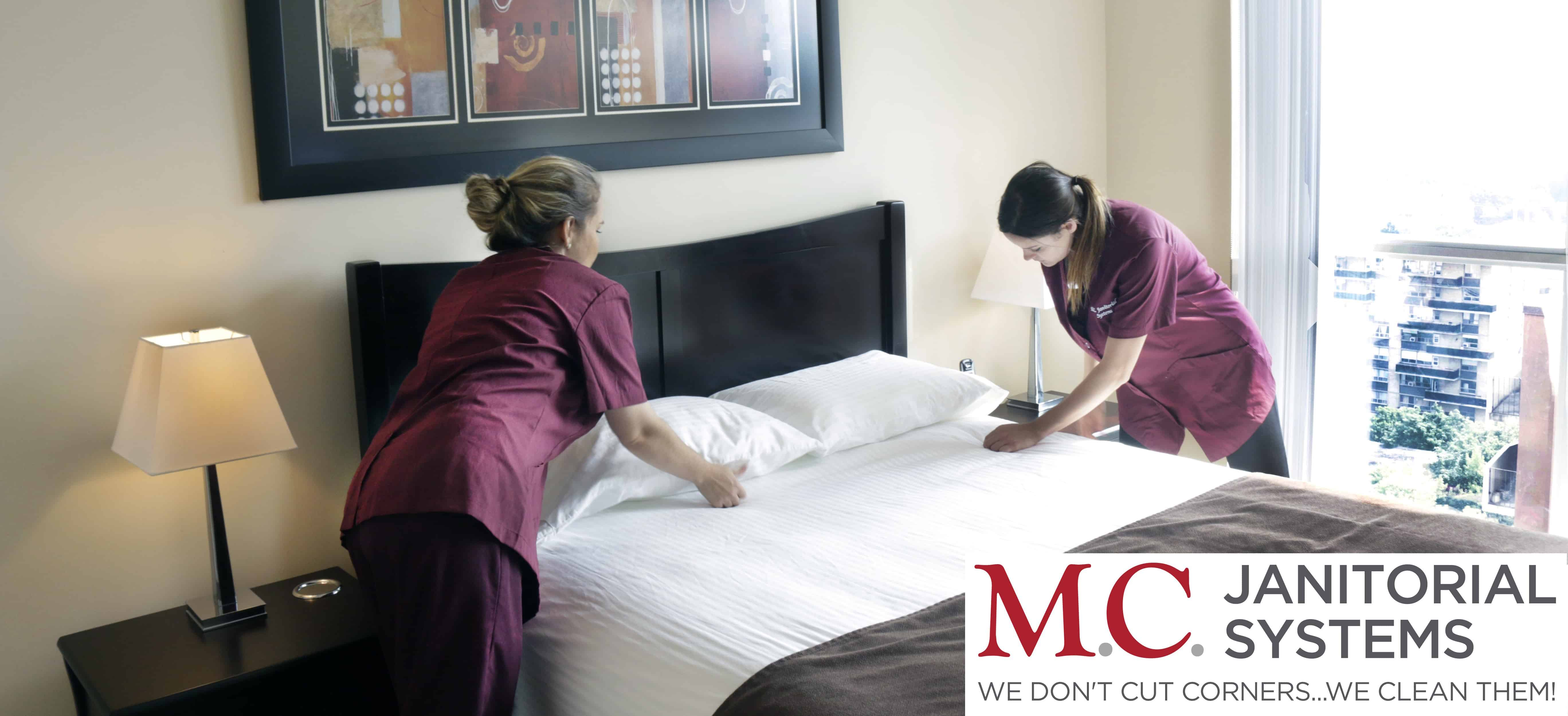 mc-janitorial-systems-cleaners-in-action