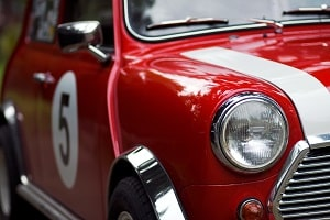 5 Reasons Why Toronto Auto Dealerships Prioritize Commercial Cleaning Services